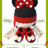 Set Giày + Mũ Len Mickey