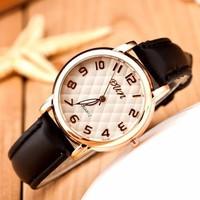 Đồng hồ thời trang mẫu mới đẹp