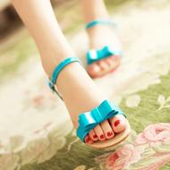 Sandal xinh xắn