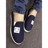Giày slip on mặt cười VV115