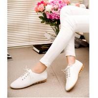 Giày oxford 2 phân da trơn màu trắng