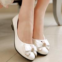 Giày nữ đính nơ xinh xắn