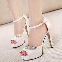 Giày cao gót mắt đá thời trang - LN257