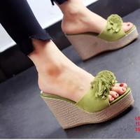 Giày Đế Xuồng Hoa