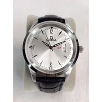 Đồng hồ nam giá rẻ dây da OM1505L-D