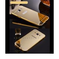 Ốp lung vàng Samsung Galaxy J7