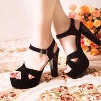 Giày cao gót đan chéo cao cấp