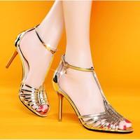 Giày cao gót simili phối khóa sang trọng - LN282