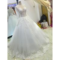 áo cưới trắng sale nhẹ