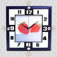 Đồng hồ treo tường hình quả dâu