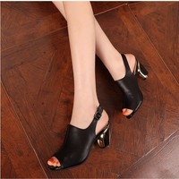 Giày cao gót hở mũi gót vàng cao cấp - LN291