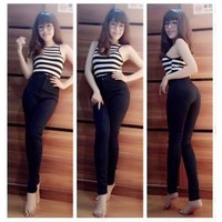 Quần jean nữ đen cạp cao cực xinh