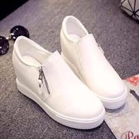 Giày Đế Xuồng Sneaker Thể Thao Hàn Quốc Độn Đế Bánh Mì Nữ Cao 6cm