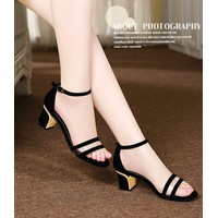 Giày Sandal Nữ Đế Vuông The Queen - SD001
