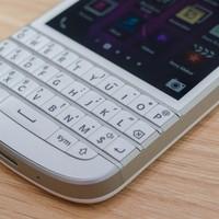điện thoại blackberry Q10 nobis