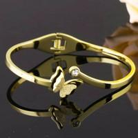 Vòng tay bướm phun cát màu vàng Ti-tan không đen