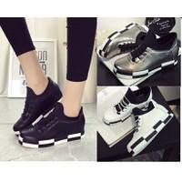 Giày bata đế độn phối màu trắng đen