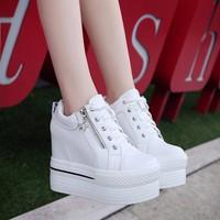 Giày sneaker nữ nâng đế dễ thương Hàn Quốc - SG0327