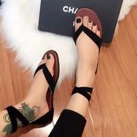 Sandal kẹp xỏ ngón