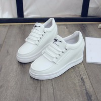 Giày sneaker nữ nâng đế dễ thương Hàn Quốc - SG0331
