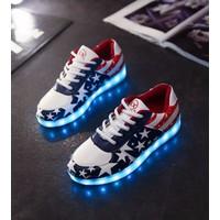 Giày sneaker dạ quang ngôi sao Mã: GH0400