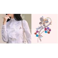 cài áo hoa bướm gắn đá màu kiểu Hàn Quốc điệu đà