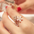 Nhẫn hoa mai đính đá