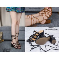 Giày sandal chiến binh đế vuông đính kim loại