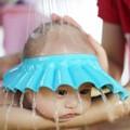 Mũ chắn nước cho bé