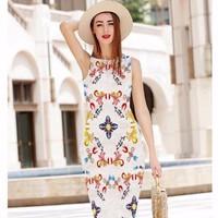Đầm ren họa tiết