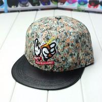 Mũ snapback rolling M008