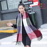 Khăn choàng caro đẹp phong cách Hàn Quốc