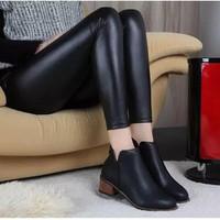 giày bốt thời trang nữ