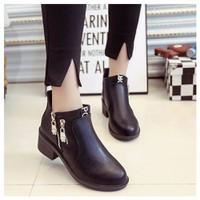 BT209D - Giày boot nữ cổ ngắn trang trí 2 khóa kéo bạc - Doni86.com