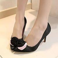 Giày Đính Hoa Hồng Xinh Xắn