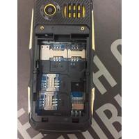 Điện Thoại 4 sim Pin Khủng Land rover k9999