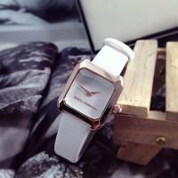 Đồng hồ nữ D-G dây da mặt vuông NU34