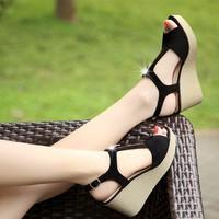 Giày sandal đế xuồng kéo khóa