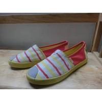 Giày Lười Nữ Sọc Ngang Sắc Màu