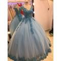 áo cưới xanh chân ren giá mềm