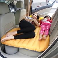Đệm giường hơi trên xe hơi