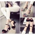 Giày Gót vuông kết hoa