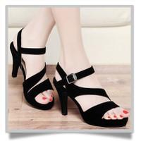 Hàng cao cấp - Giày cao gót Nhung đen cách điệu