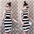 Đầm body sọc ngang trắng đen YKTD1139