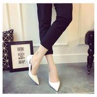 giày cao gót màu trắng xinh