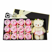 Quà 8-3 – Hộp Sweet Love 12 Hoa Hồng Sáp Kèm Gấu Bông