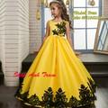 Đầm công chúa vàng