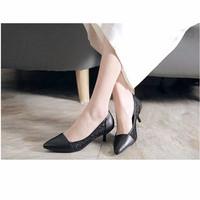 giày cao gót màu đen xinh
