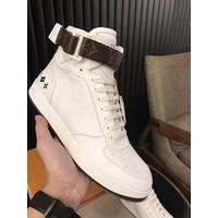 Giày da thượng hạng đẳng cấp, Mã số SN900