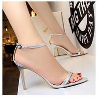 giày sandals cao gót xinh màu bạc